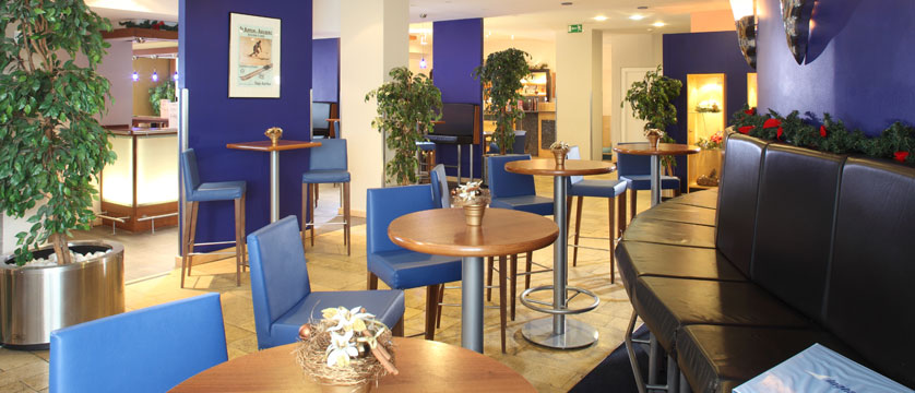 austria_st-christoph_chalet-hotel-st-christoph_reception.jpg